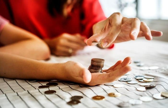Financial Education for Kids: How to Teach Kids About Money